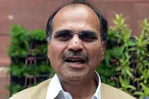 मुर्शिदाबाद: कांग्रेस नेता अधीर रंजन चौधरी के घर पर हमला