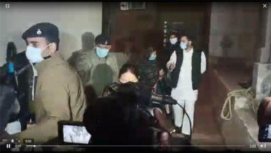 Photo of लालू को आज भेजा जा सकता है दिल्ली, तेजस्वी बोले- डॉक्टर लेंगे अंतिम फैसला