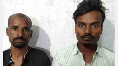 Photo of ट्रैक्टर चोरी कर ले जा रहे थे चोर, ग्रामीणों ने पकड़कर किया पुलिस के हवाले