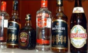 Photo of शराब तस्करी का नया ट्रेंडः धनबाद से देसी घी के कनस्तरों में रोहतास पहुंचायी अंग्रेजी शराब