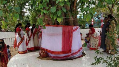 Photo of कोरोना संक्रमण को देखते हुए इस वर्ष भी सादगी से मनाया जा रहा सरहुल