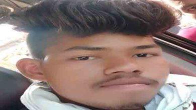 Photo of Palamu : युवक की पीट-पीट कर हत्या करने का आरोप, परिजनों ने थाने में दिया आवेदन