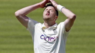 Photo of जानिये, अंतरराष्ट्रीय क्रिकेट से क्यों निलंबित हुए ब्रिटिश तेज गेंदबाज ओली रॉबिन्सन