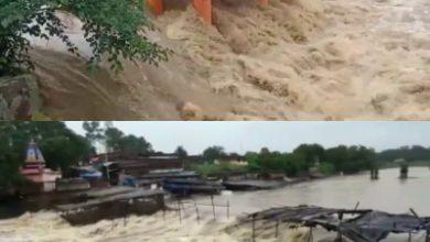 Photo of झारखंड में भारी बारिश से उफान पर बरसाती नदियां, छिन्नमस्तिका मंदिर परिसर में बाढ़ जैसे हालात