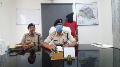 Photo of देवघर : फर्जी ट्रक नंबर व लाइसेंस का इस्तेमाल कर 25 टन गेहूं बेचने का आरोपी झुमरी तिलैया से गिरफ्तार